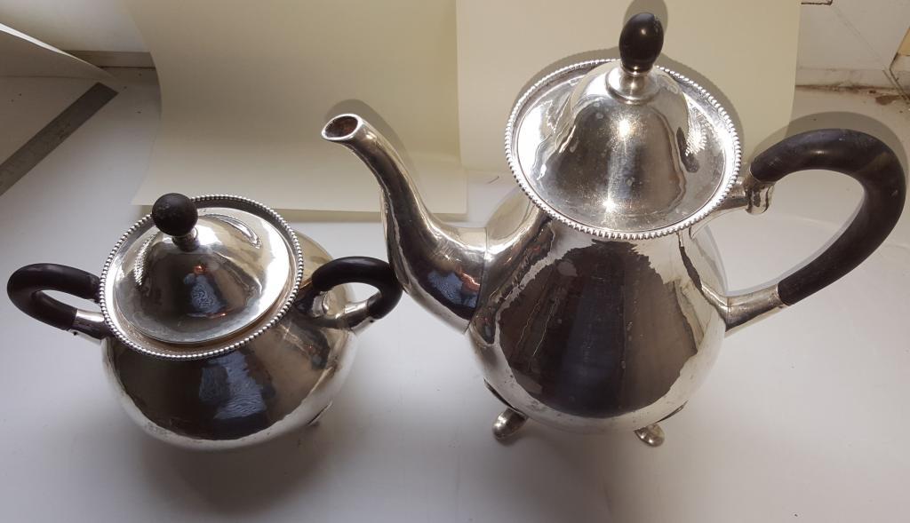СЕРЕБРЯНЫЙ КОМПЛЕКТ чайник кофейник с сахарницей -1300  ГРАММ -  56 рублей за грамм