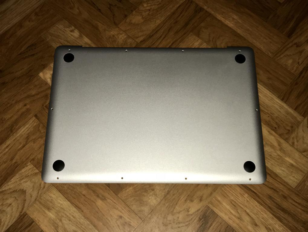 Apple Bottom Cover (нижняя крышка) для MacBook Pro 13'', новая