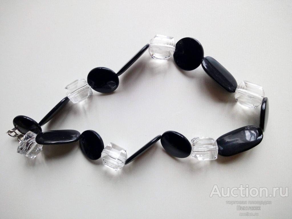Ожерелье пластик