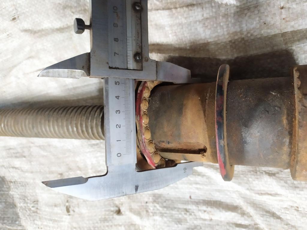 Винт с гайкой резьба трапеция 35мм L- 800мм