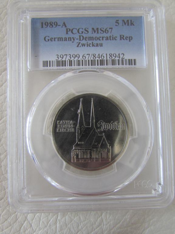 ГДР - 5 марок - 1989 года - Катарина Кирха UNC Германская демократическая республика pcgs слаб