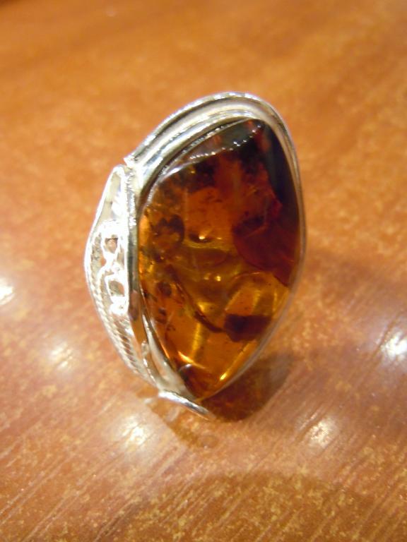 Кольцо с натуральным янтарём, 11,32гр
