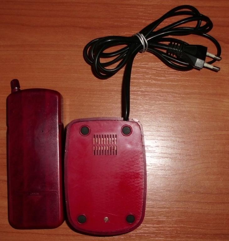 Panaphone KX-T9608L трубка и зарядное устройство