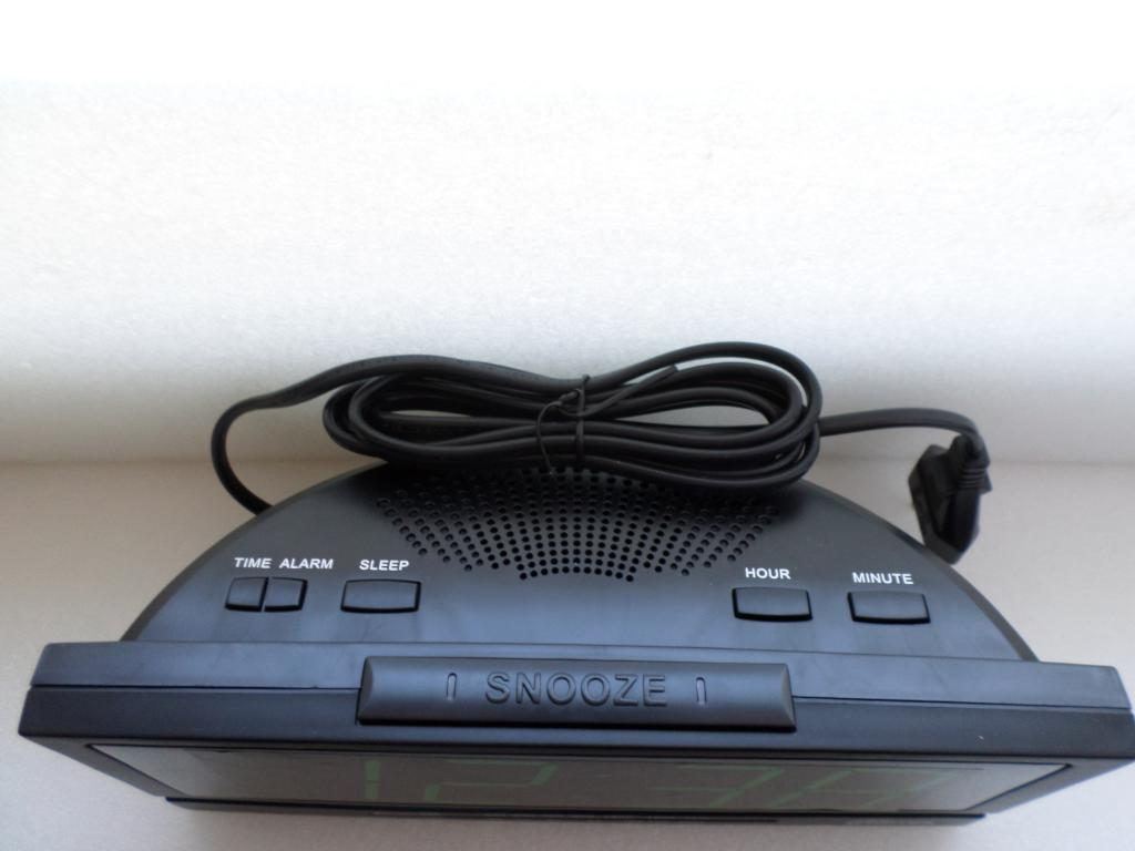 Радиобудильник Ritmix RRC-1809