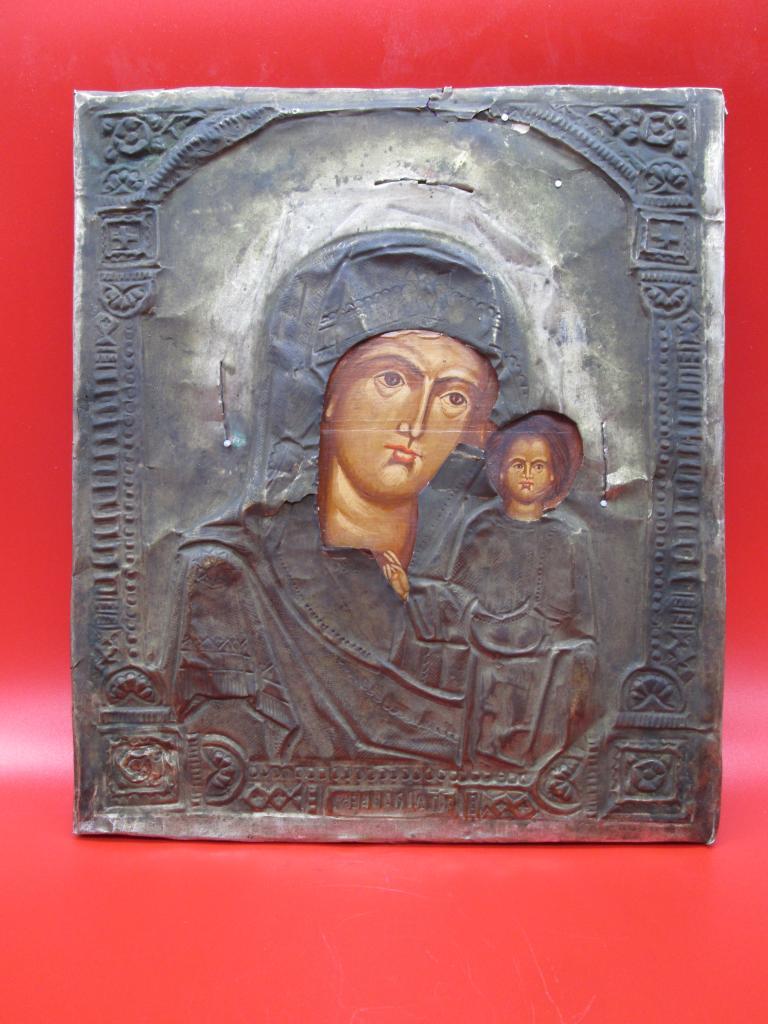 Икона в окладе Матерь Божья с младенцем краски Темпера 26,5 х 30 см.