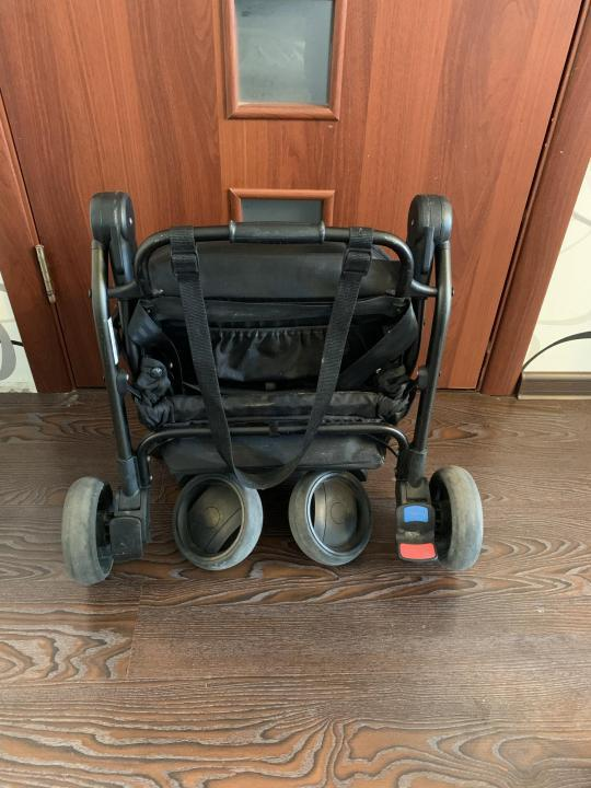 Коляска Mountain buggy nano складная