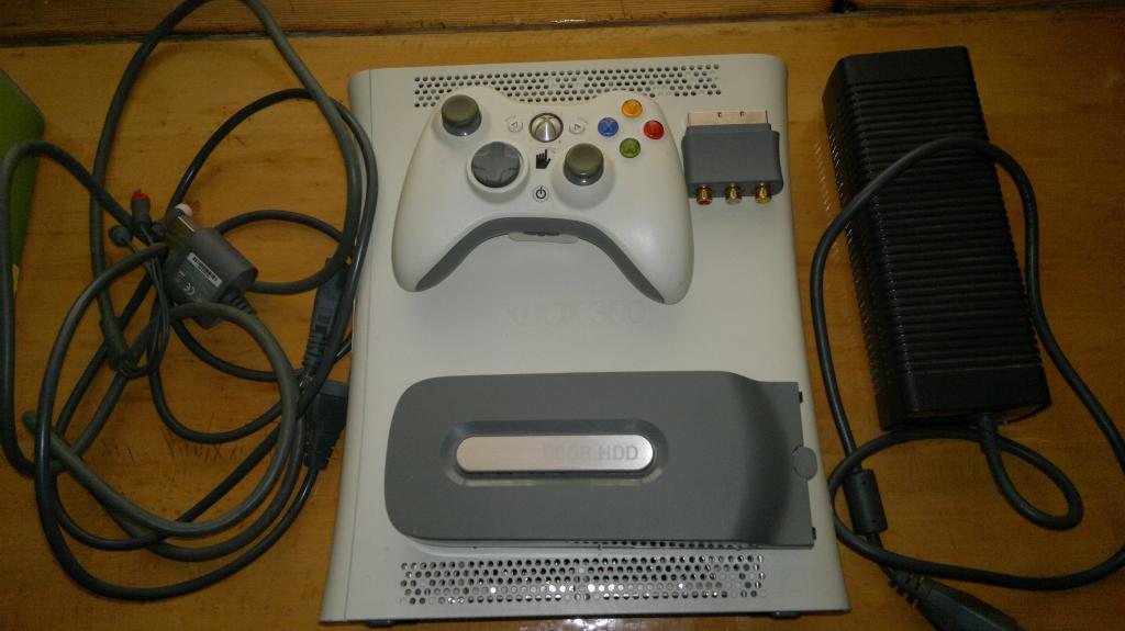 Игровая приставка X BOX 360 arcade