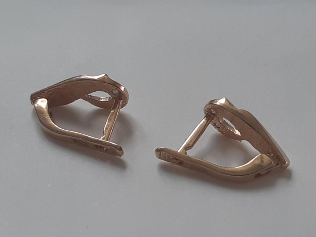 Золото Золотые Серьги женское Золото 585 проба вес; 2,52 гр С Рубля