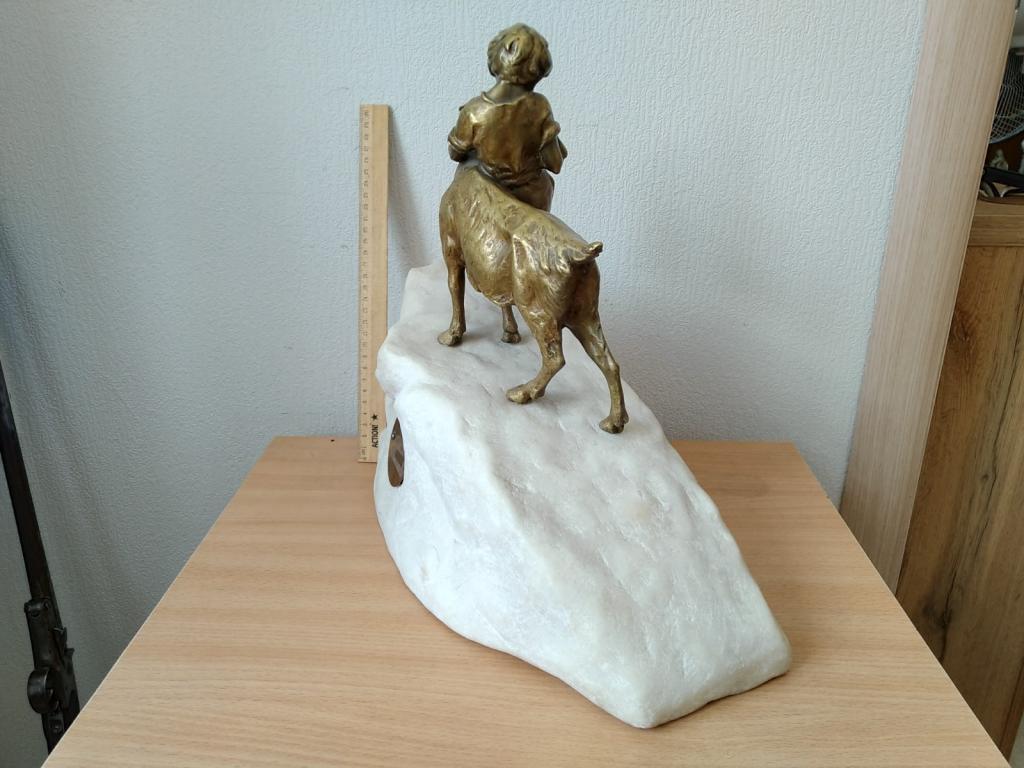 Часы каминные,Мальчик с козликом,36-39-18 см,сер 19 в,Старая Европа,мрамор,бронза,тяжелые