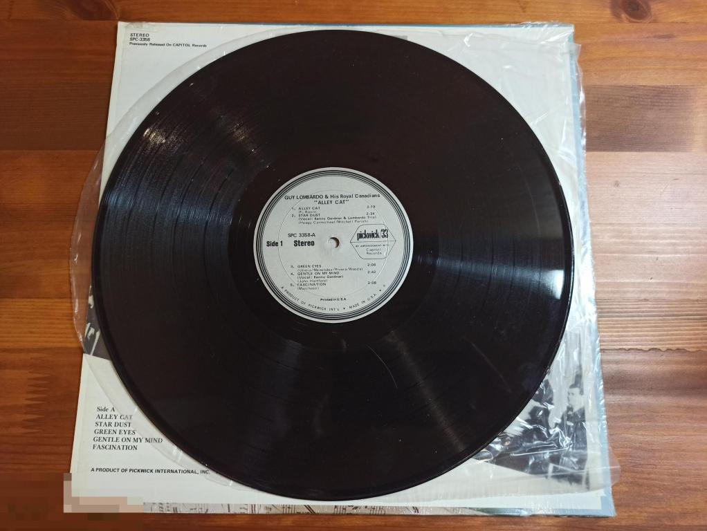 Guy Lombardo And His Royal Canadians - Alley Cat / LP / US / 1967 / EX/ЕХ