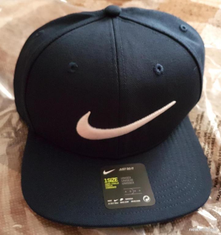 Бейсболка Nike из США синяя - сзади пластиковая шлейка новая фирменная