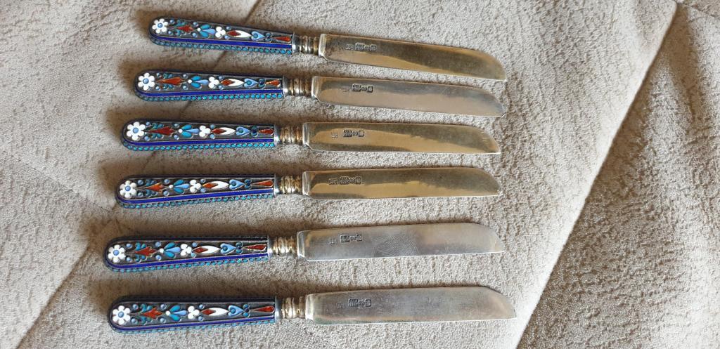 Ножи десертные. Серебро, 84 проба, эмаль. 6 штук. 1895 год.