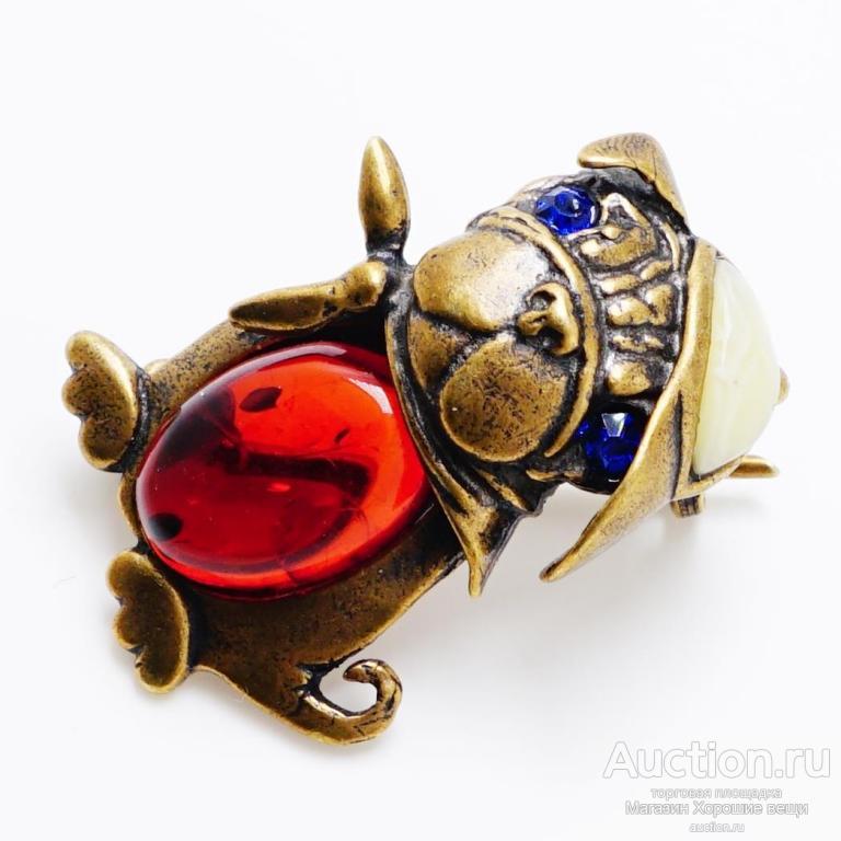 Брошь - кулон Собачка янтарь бронза латунь брошка подвеска собаки собака маленькая Хорошие Вещи 271