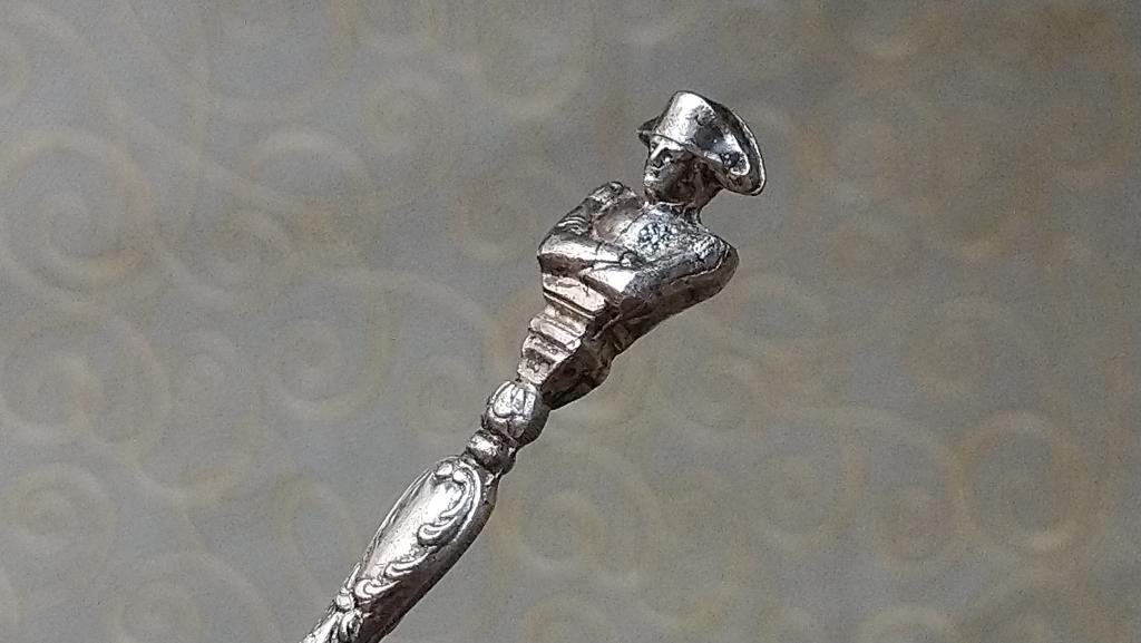 4203 Наполеон старинная серебряная кофейная ложка Paris серебро Франция 1900