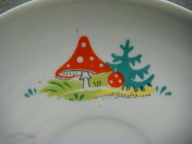 Блюдце Мухомор,чайная пара,фарфор Дулёво 1990 г.