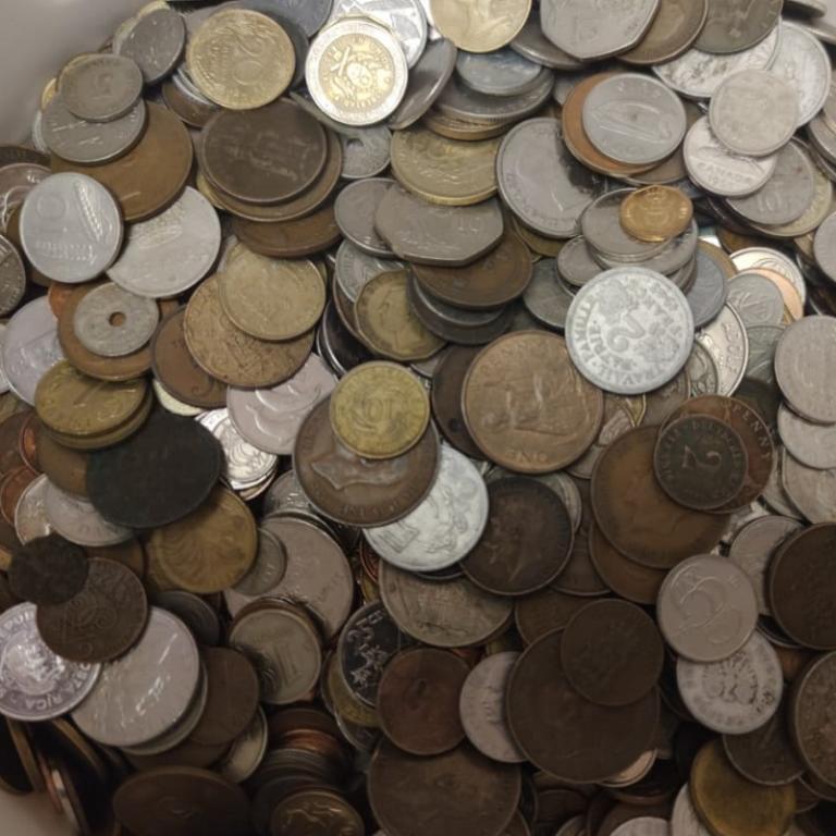 МИР 5 кг 5000 гр монет мира микс включая экзотику европейский сбор
