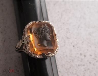 Кольцо золото 585 пр. 3.5 грамм Камея на венецианском стекле.