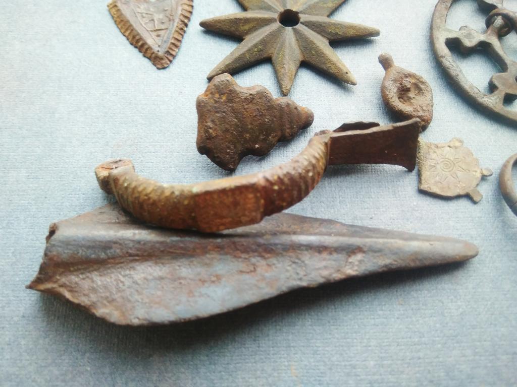 Старинные фибулы, застежки. Восточная Пруссия