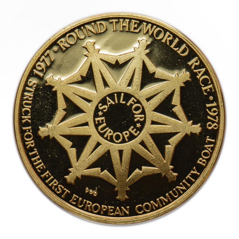 Золотой жетон посвященный кругосветному парусому соревнованию 1977-1978 год. Золото 900 пр. 9 гр