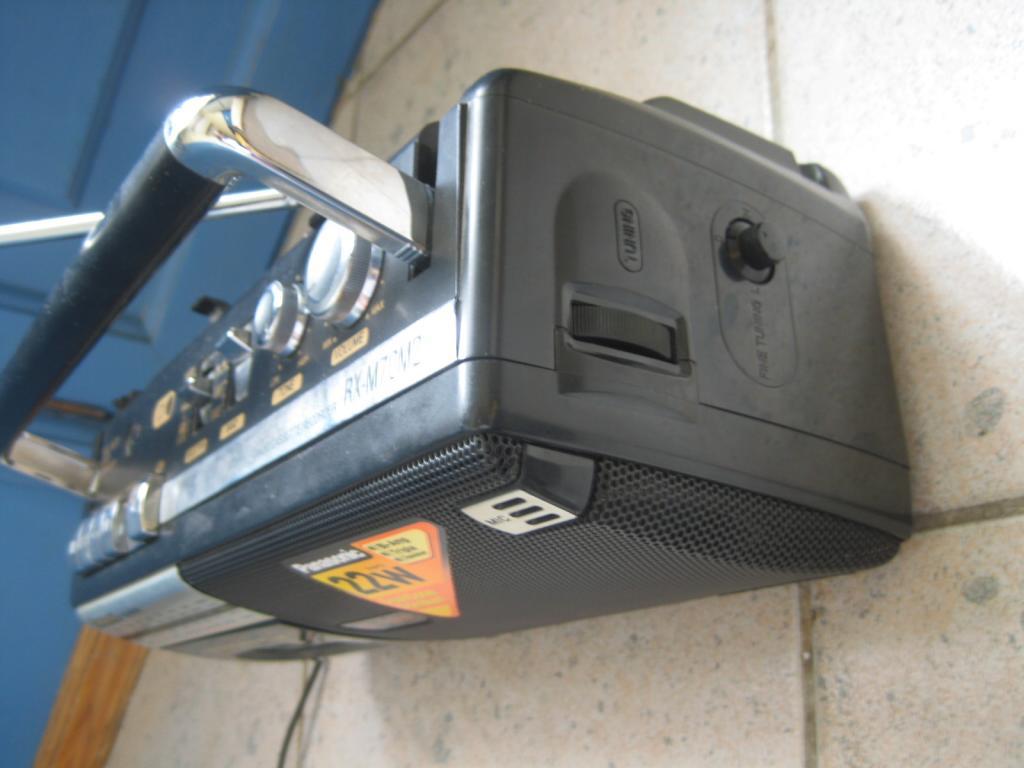 РЕТРО приемник магнитофон  PANASONIC RX-M70M2 состояние нового ПОЛНОСТЬЮ РАБОЧИЙ!