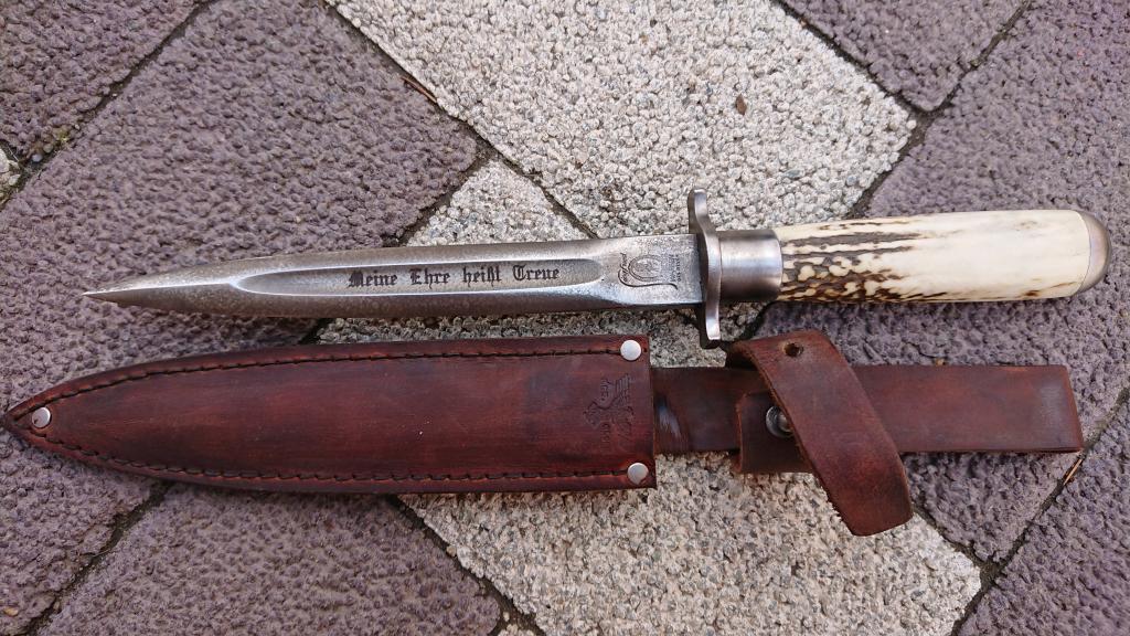 Нож Немецкий Третий Рейх-Ручка Рог-СС. 1942г.-Ножны Кожа.