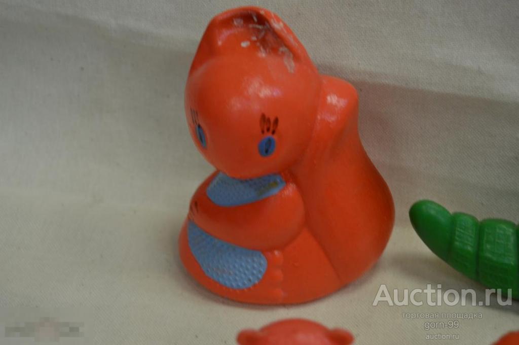 Мишка белка  утка лиса  крокодил собачка красные игрушки Пр. СССР. К-19