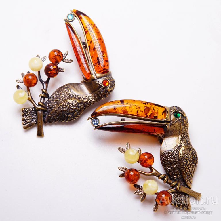 Брошь - кулон Тукан большая птица Янтарь Бронза латунь брошка бижутерия стразы подвеска 158